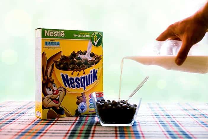 Cereais integrais com leite meio-gordo