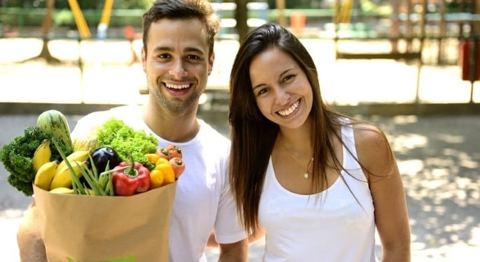 casal com vegetais