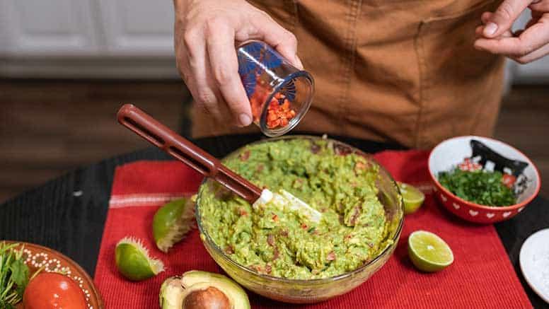 preparação do abacate